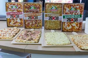 Italpizza 26x38 in rechteckiger Form verschiedene Sorten