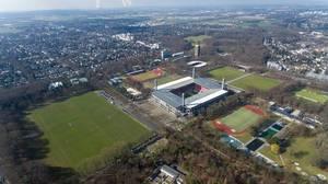 Jahnwiesen mit Rheinenergiestadion Köln