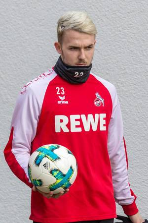 Jannes Horn vor dem Training am 30.01.2018