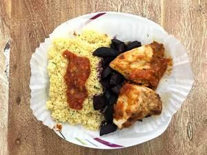 Jerk Chicken mit Topinambur Couscous, und Urkarotte