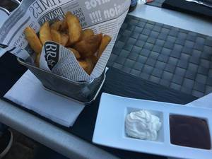 Kartoffel-Wedges mit Aioli
