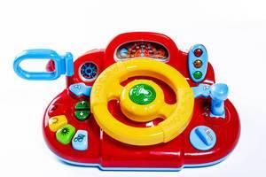 Kinderspielzeuglenkrad mit Knöpfen und Ampel zum Spielen und Lernen