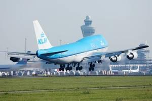 KLM Boeing B747 startet vom Amsterdam Schiphol Airport