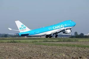 KLM-Cargo-Boeing-B747 startet am Flughafen Amsterdam Schiphol