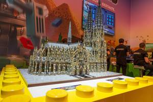 Kölner Dom aus Lego