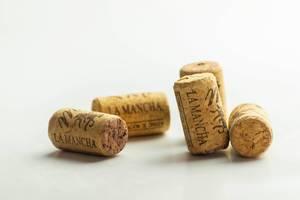 Korken geöffneter Flaschen Rotwein