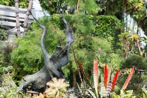 Kranich aus Holz in  den Gardens by the Bay in Singapur