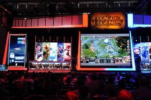 League of Legends stage at the Gamescom with live gaming from an audience perspective