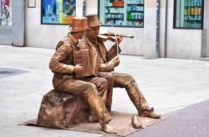 Lebende Statuen. Street Performance