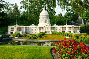 Lego replica of the US Capitol