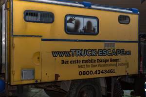 LKW-Anhänger am Messestand von Truck Escape