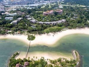 Luftaufnahme: Palawan Strand auf Sentosa (Singapur)