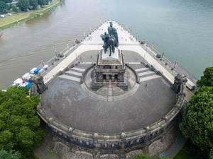 Luftbild des Mahnmals der Deutschen Einheit in Koblenz (Deutsches Eck Koblenz)