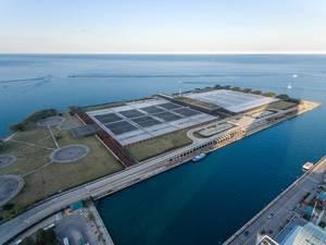 Luftbildaufnahme der Jardine Water Purification Plant in Chicago
