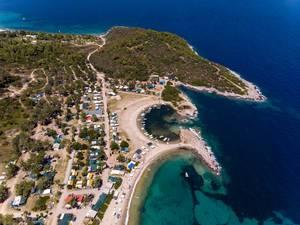 Luftbildaufnahme des Campingplatzes Camping Paliouri