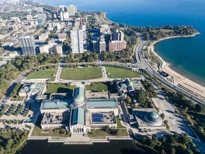 Luftbildaufnahme vom Museum of Science and Industry, East Hyde Park und Promontory Point