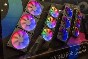 Lüfter mit Phanteks Digital-RGB LED-Strips