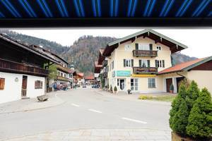 Main street in Reit im Winkl, German mountain village (Flip 2019)