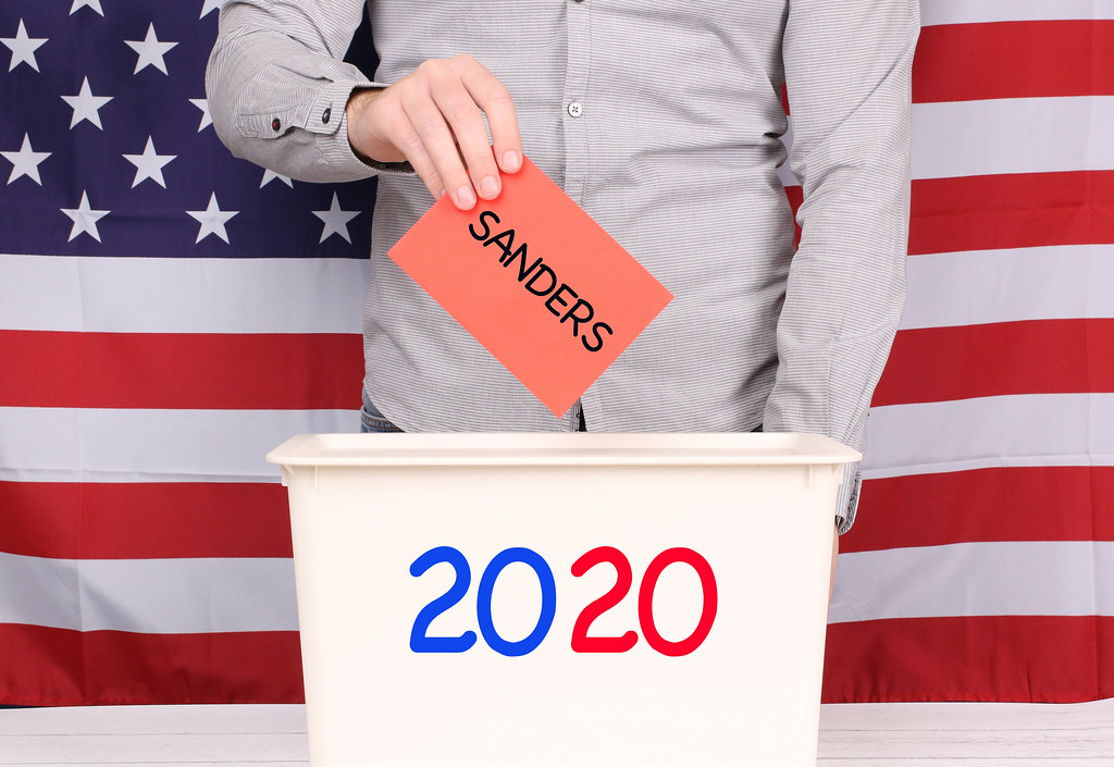 Man voting for Sanders at Presidental Election 2020