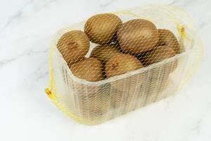Market package with Kiwi fruit