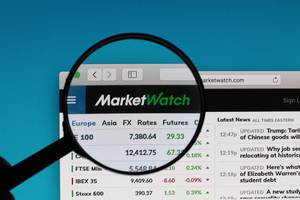 MarketWatch logo under magnifying glass