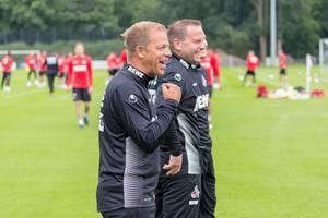 Markus Anfang und andere Trainer sichtlich guter Laune