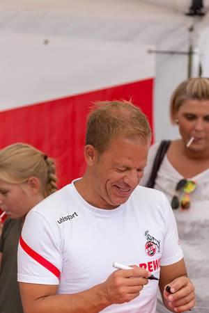 Markus Anfang während der Autogrammstunde