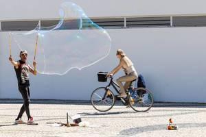 Maxi-Seifenblase / Soap Bubble