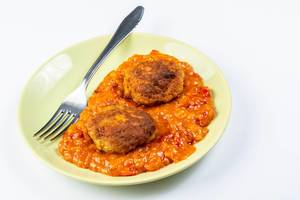 Meatballs with Tomato Stew served on the plate (Flip 2019)