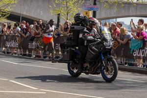 Media bike recording Eliud KIPCHOGE - London Marathon 2018