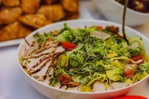 Mediterranean Salad With Chicken  (Flip 2019)