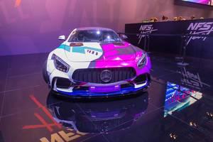 Mercedes Prior Wagen aus der Autorennspielserie Need for Speed Heat von EA, ausgestellt auf der Gamescom in Köln