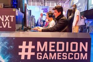 Messestand von Medion - Gamescom 2017, Köln