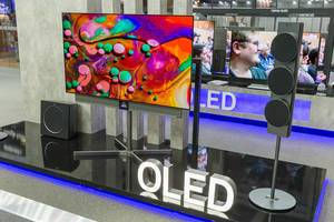 Metz-Oled TV: Television with lifting screen, sunscreen for diverse scenarios and advanced customization