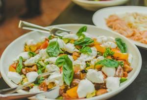 Mocarella Salad Bowl