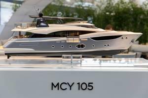 Modell der Monte Carlo Yachts 105 - Boot Düsseldorf 2018