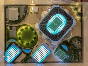 Modell des Al Rayyan Stadions von oben fotografiert