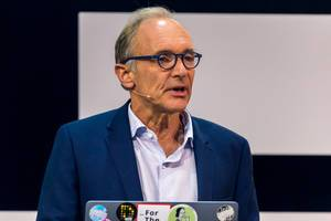 Moderated talk with Tim Berners-Lee in Cologne 2019 at Digital X Convention