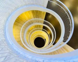 Modern infinity stairwell / Modernes unendliches Treppenhaus