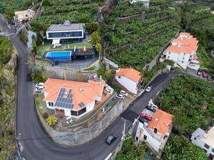 Moderne Villa mit Pool in Ponta do Sol