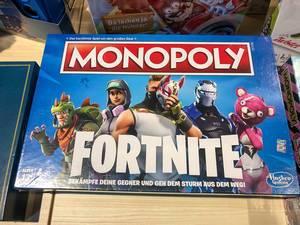 Monopoly Brettspiel in der Fortnite Sonderedition