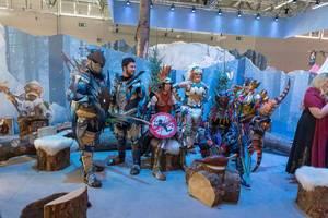 Monster Hunter World: Iceborne Cosplay auf der Spielemesse Gamescom