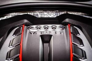 Motor V8 TFSI von Audi S6 bei der IAA 2017 in Frankfurt am Main