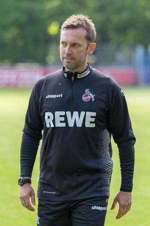 Nahaufnahme des neuen Interimstrainer des 1. FC Köln, André Pawlak, nach dem ersten Training mit der Mannschaft
