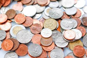 Nahaufnahme verschiedener Münzen