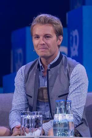Nico Rosberg guckt verblüfft bei einem Interview