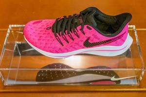Nike Air Zoom Vomero 14 in pink: women