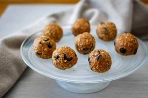 Oatmeal Energy Bites  with Chocolate Chips on a White Plate