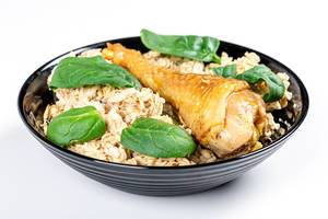 Oatmeal porridge with baked chicken leg (Flip 2020)