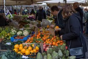 Obst und Gemüse auf dem Markt in Rom
